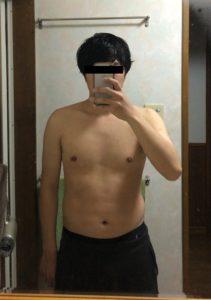 ベンチプレス55kgの時の体の見た目
