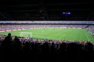 実際のサッカーの試合の画像
