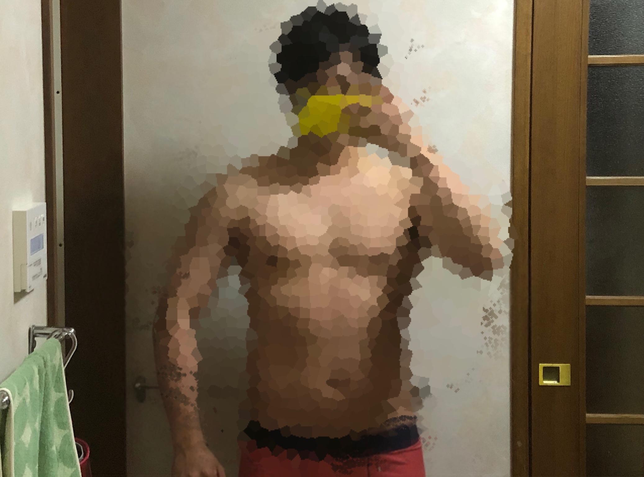 ベンチプレス100kg達成。体つきやメニューを紹介