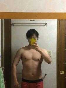 ベンチプレス100kg達成時の体の見た目